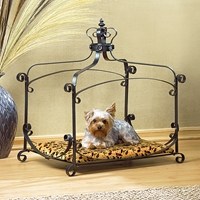Wholesale Royal Splendor Pet Bed for sale at bulk cheap prices!